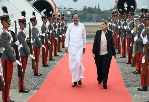 The Vice President, Shri M. Venkaiah Naidu inspecting the Guard-of-Honour accorded to him, on his arrival, in Guatemala on May 06, 2018. The Foreign Minister of Guatemala, Mrs. Sandra Jovel is also seen