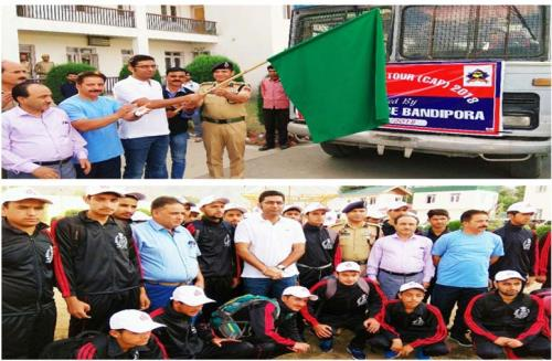 District Development Commissioner (DDC), Bandipora, Dr Shahid Iqbal Choudhary  flagged off a group of 50 students representing all blocks of the district including Gurez,Tulial, Hajin and Sumbal for a Bharat Darshan Tour on Wednesday 5 sep2018