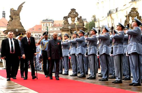 The President, Shri Ram Nath Kovind inspecting the Guard of Honour, during the ceremonial welcome, at 1st Courtyard, in Prague, Czech Republic on September 07, 2018. The President of the Czech Republic, Mr. Milos Zeman is also seen.