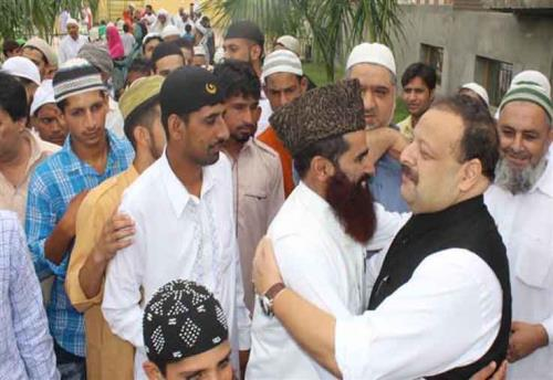 Provincial President National Conference and MLA Nagrota Devender Singh Rana on Saturday greeted the people on the auspicious occasion of Eid-ul-Fitr at Sidhra