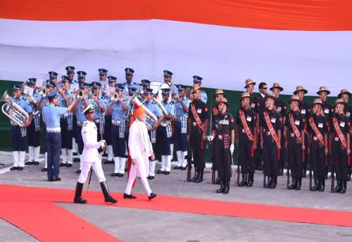 The Prime Minister, Shri Narendra Modi inspecting the Guard of Honour at Red Fort, on the occasion of 72nd Independence Day, in Delhi on August 15, 2018.