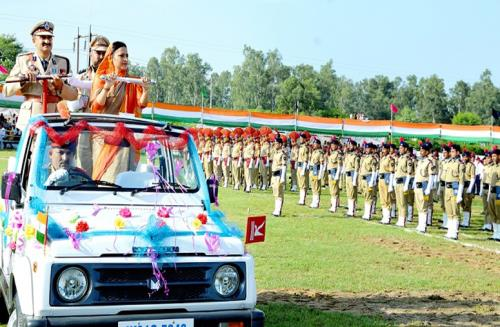 Deputy Commissioner Samba, Sushma Chouhan unfurled the National Flag, took the salute at the march past of contingents of JK Police, Army Band, NCC