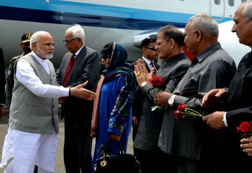 Prime Minister Narendra Modi received at Srinagar Airport by Mehbooba Mufti chief minister of J&K and Sh. N.N Vohra governor of Jammu and kashmir on saturday 19th May 2018