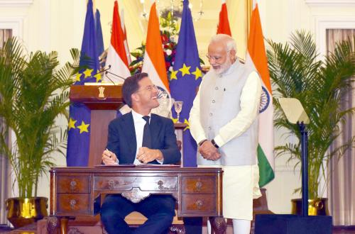 The Prime Minister, Shri Narendra Modi and the Prime Minister of the Kingdom of Netherlands, Mr. Mark Rutte at the signing of agreements, at Hyderabad House, in New Delhi on May 24, 2018.
