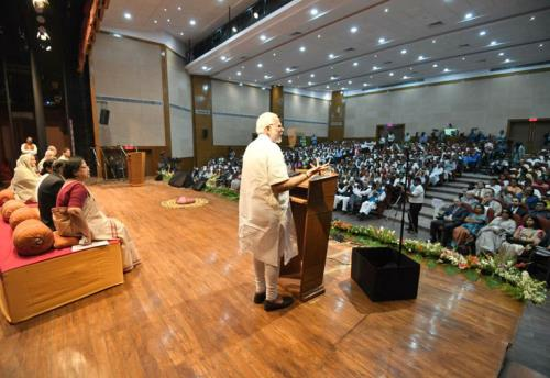 The Prime Minister, Shri Narendra Modi addressing the gathering after the inauguration of the Bangladesh Bhavan, at Santi Niketan, in West Bengal on May 25, 2018