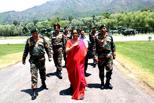 Defense minister Nirmala Sitharaman visits Kashmir, reviews security on 25th June 2018